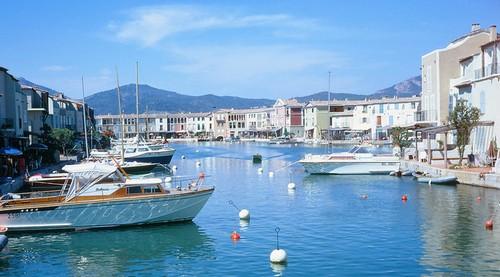 Port grimaud ou la venise proven ale blog vents de mer - Hotel venise port croisiere ...